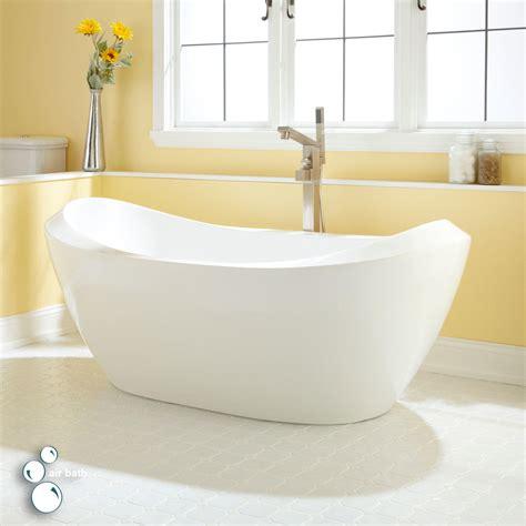 Air Bath Tub by About Air Tubs