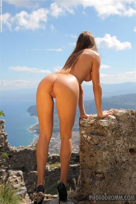 Juliette Nude In Photos From Photodromm