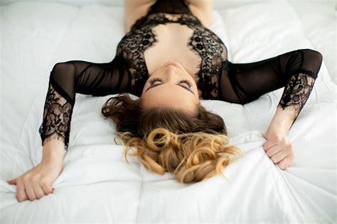glamorous natural light studio boudoir shoot jd photo