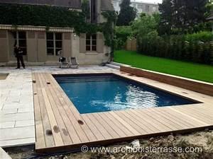 terrasse de piscine sur deux niveaux entourages et tours With tour de piscine en bois