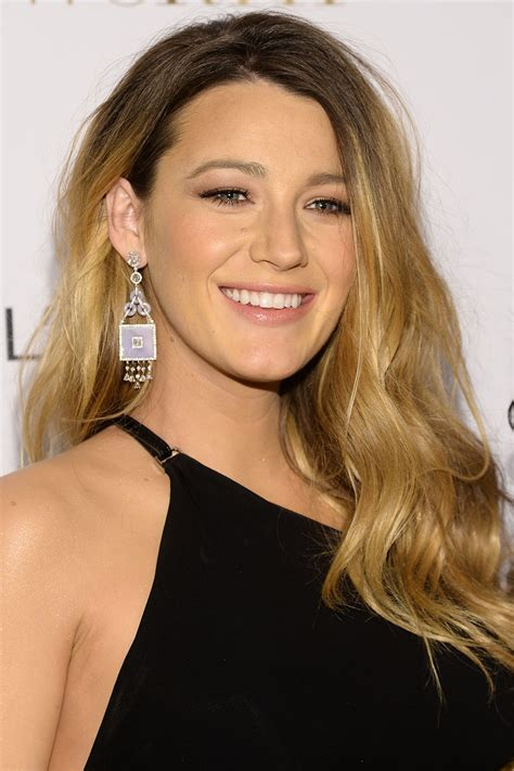 blake lively  stopped coloring  hair hollywood