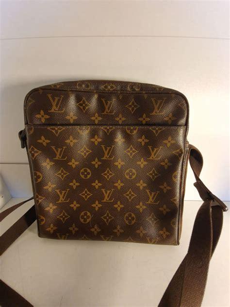 louis vuitton monogrammed bag for catawiki