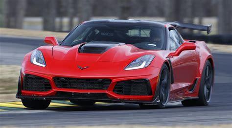 2019 Corvette ZR1 Sets Lap Record at Virginia ...