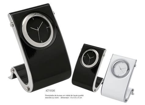 pendulette de bureau horloge publicitaire objets publicitaires horlogerie aic