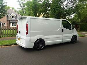 Dimension Opel Vivaro : lowered vivaro on 19 tiger claws car pinterest tigers ~ Gottalentnigeria.com Avis de Voitures