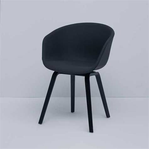 nordicthink aac23 about a chair hay