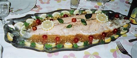 cuisiner saumon entier saumon entier froid images
