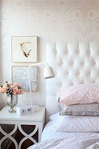 Trendy bedroom designs with a charming feminine vibe