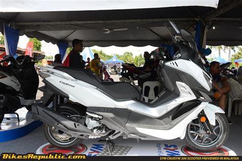 Modification Sym Cruisym 300i by New Sym Cruisym 300i Scooter Previewed In Malaysia