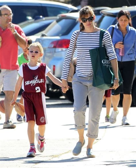 Celebrity Style, Daily | Daily Celebrity Candids and ...