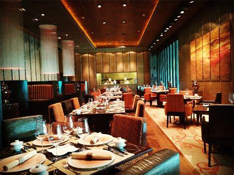 spicy duck luxury chinese restaurant   delhi  taj