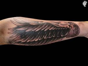17 Best images about Wing Tattoos on Pinterest | Feathers ...