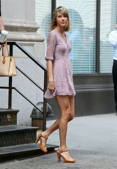 Taylor Swift Street Fashion - Out in New York City - July ...