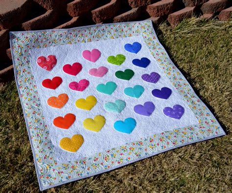 how to make a baby quilt happy quilting cutie pie baby quilt a tutorial and giveaway