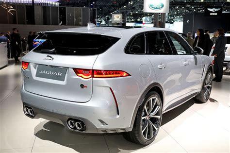 jaguar auto preis jaguar f pace svr 2018 test motor preis ps marktstart autobild de