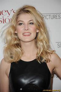 Rosamond High School Rosamund Pike Special Pictures 13 Film Actresses