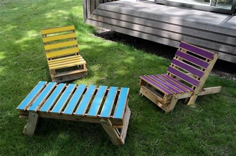 pallet lounge chair plans recycled things
