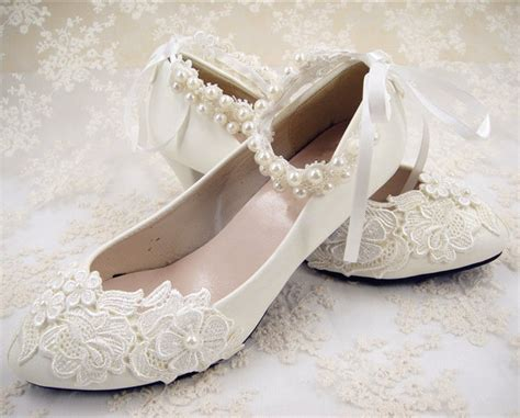 Wedding Shoes : Handmade Off White Lace Bridal Shoes Flat Ankle Strap