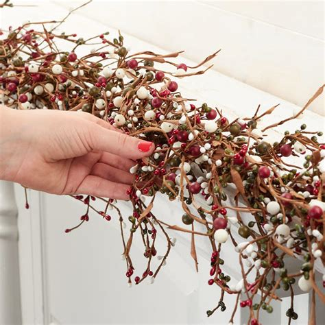 red green  white pip berry garland pip berries