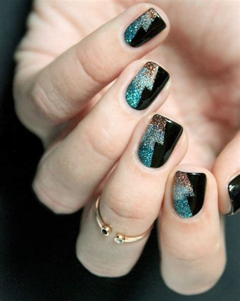 sparking  years party nails classic nail art design