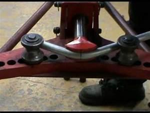 Cintrage Tube Inox : cintrage tube acier 90 acier youtube ~ Melissatoandfro.com Idées de Décoration