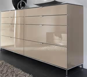 kommode schlafzimmer welle chiraz kommode hochglanz weiß sandgrau swarovski elements