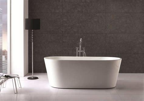 Acrylic Bathtub by Bronte Oval Freestanding Lucite 174 Acrylic Bath Tub