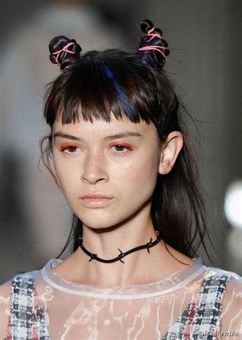 crimped hair mini buns  mini braids