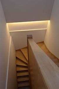 tacivcom eclairage led escalier 20170918093049 With carrelage adhesif salle de bain avec éclairage led escaliers avec détecteur