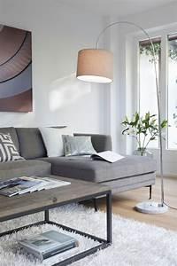 Graue Couch Wohnzimmer : die besten 17 ideen zu lampen wohnzimmer auf pinterest ~ Michelbontemps.com Haus und Dekorationen