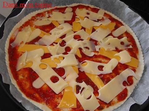 pizza de derni 232 re minute dans mon tajine