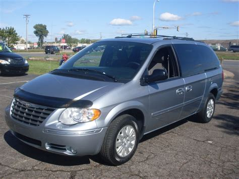 Chrysler 2005 Town And Country by Ride Auto 2005 Chrysler Town Country