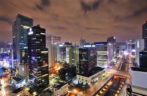 화려한 서울 종로의 밤
