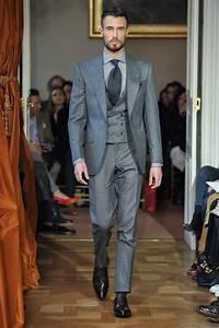 Costume 3 Pièces Gris : le costume trois pi ces revient les conseils pour le porter avec style madame figaro ~ Dallasstarsshop.com Idées de Décoration