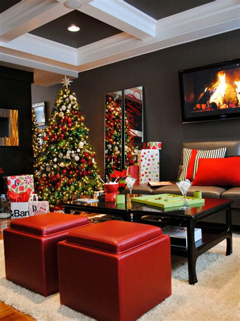 Use a red small ribbon to hang them on your wall and you are ready to have a beautifullya�warm living room. Christmas Living Room Decor Ideas - The WoW Style