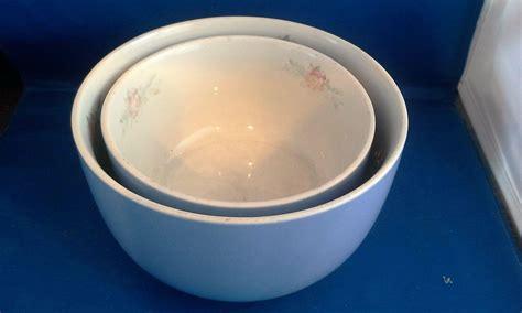 halls parade small mixing bowl parade side mixing bowls pair 6 in 7 in