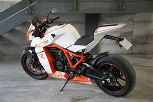 Racing Caf U00e8  Ktm Rc8 R  U0026quot Naked U0026quot  By Lazareth