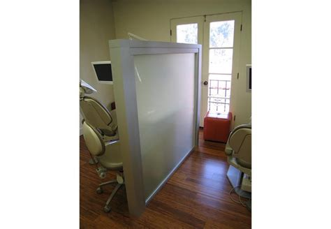 Medical Facility Room Dividers, Patient Rooms, Privacy