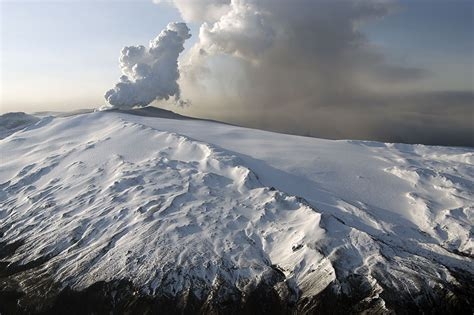 SwissEduc - Stromboli online - Island
