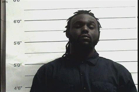man arrested  threatening  blow