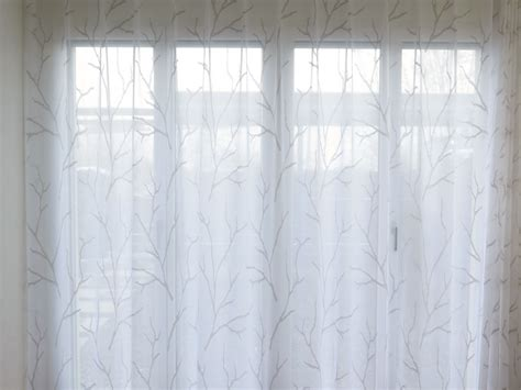 Vorhänge Mit Muster by Vorhang Wei Top Vliestapete Glckler Vorhang Wei Beige