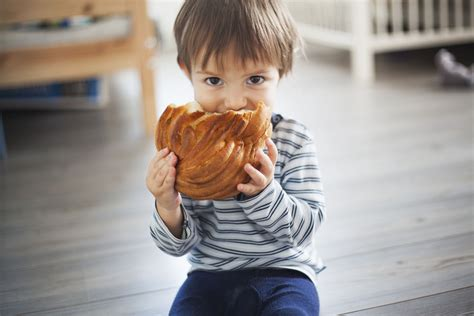 More Gluten At Early Age May Raise Celiac Disease Risk