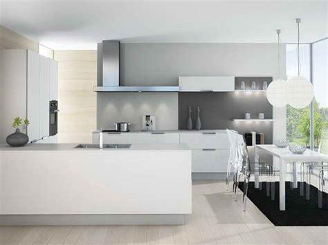 cuisine blanche sol gris cuisine moderne blanche et grise bois urbantrott com