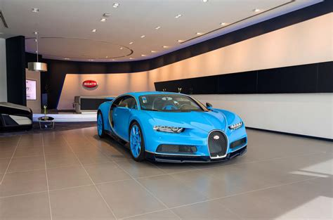 Bugatti Dealers California by Bugatti S New Dubai Showroom Is Its Largest In The World