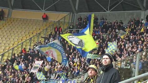 Eintracht Braunschweig Fans In Dresden Youtube