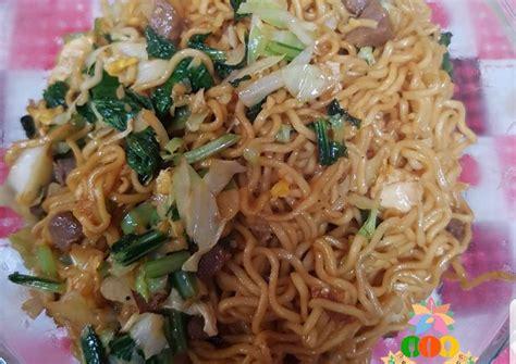 Resep capcay kuah dan capcay goreng merupakan salah satu jenis masakan chinese food yang cukup populer bagi masyakarat indonesia. Resep Mie Goreng ala Chinese Food oleh Pawon Buneng - Cookpad