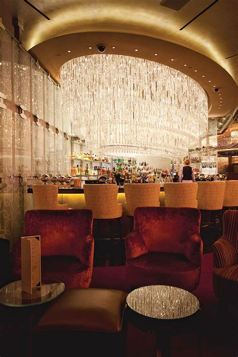 chandelier bar las vegas drink this in vegas the secret 100 000 are in on