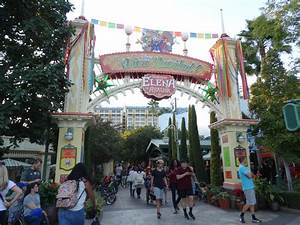 VIDEOS: Disney California Adventure ushers in the ...