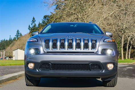 cherokee jeep latitude 4x4 suv mid marvelous road isaacs deanna driving while