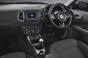 Jeep Compass With Discounts Of Up To Rs 1 75 Lakh In